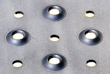 Tabla perforata antiderapanta ambutisata